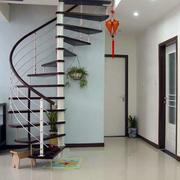 住宅跃层简约楼梯设计