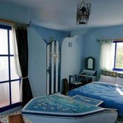 创意风格浅蓝色卧室背景墙