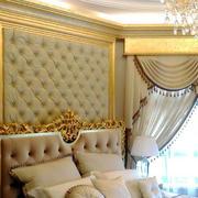 奢华贵族气息卧室软包墙饰