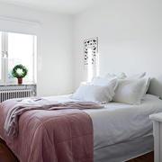 小户型温馨卧室装饰