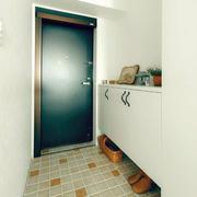 日式公寓玄关鞋柜设计