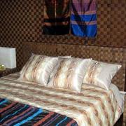 东南亚风格卧室独特背景墙装饰