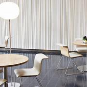 淡色调休闲桌子设计
