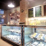 甜品店玻璃橱窗设计