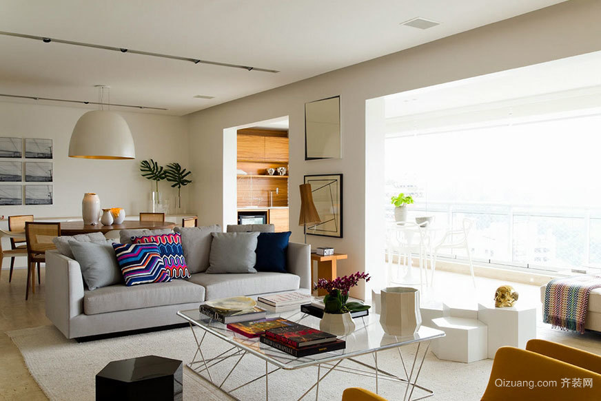 充满生活和谐的圣保罗明亮青年公寓装修效果图