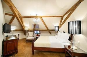 美式阁楼卧室装修
