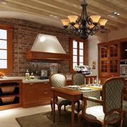 美式原木材料厨房装修设计