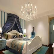 地中海风格卧室条纹背景墙设计
