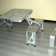 后现代风格折叠桌装饰