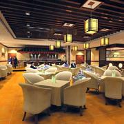 中式西餐厅卡座装饰