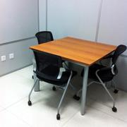 都市原木色桌椅设计