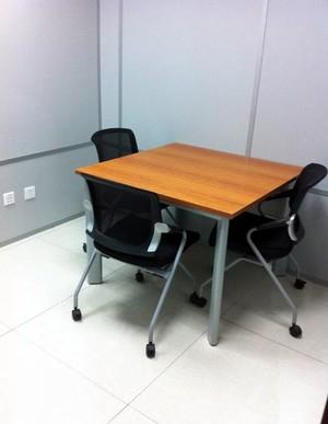 办公洽谈桌椅装修效果图