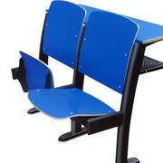 简约教室双人桌椅