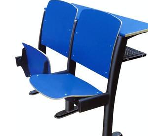 整齐排列的阶梯教室桌椅装修效果图