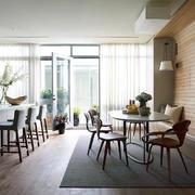 北欧风格餐厅圆桌设计