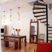 简约跃层小型楼梯装饰
