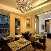 三室两厅餐厅桌椅设计