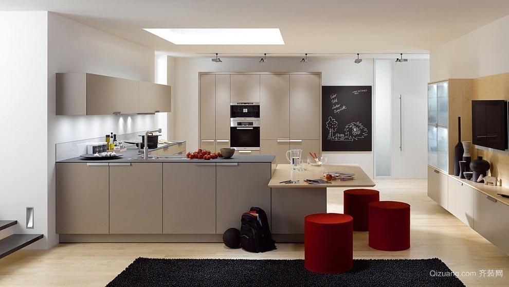 目前比较流行的家居开放式厨房志邦橱柜装修效果图