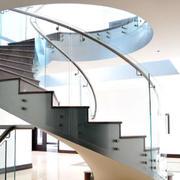 别墅地下室旋转楼梯设计