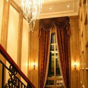 大型别墅深色窗帘装修