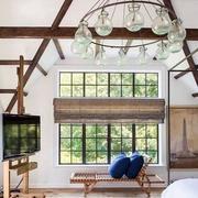 阁楼客厅大型灯饰装饰