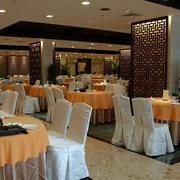 大型餐厅桌椅设计
