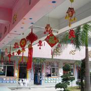 幼儿园圣诞节走廊布置