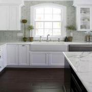 欧式开放式厨房装饰