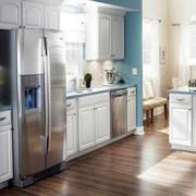 欧式一体式厨房橱柜装修
