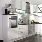 白色简约小厨房装饰