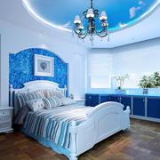 蓝色梦幻儿童房吊顶