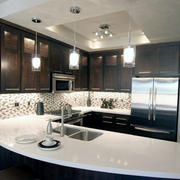 美式简约风格大型厨房吧台装修