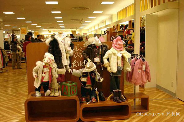 孩子的福音:童装店装修效果图
