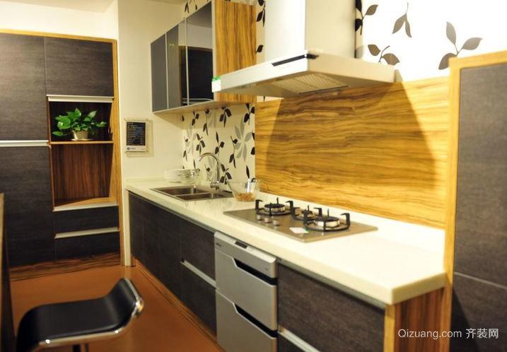全新小厨房设计:欧式橱柜装修效果图大全