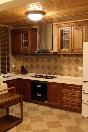 清新自然:东南亚风格厨房装修效果图一览