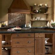 欧式厨房楠木橱柜设计