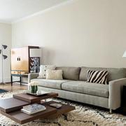 后现代风格客厅低矮茶几装修