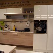 厨房原木橱柜设计