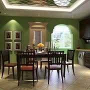 深色简约风格餐厅桌椅