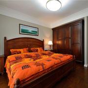 美式卧室原木床饰图示