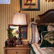 卧室床头灯装修实例