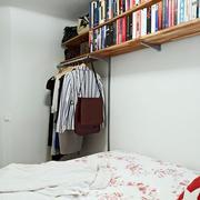 公寓卧室书架装饰