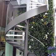 别墅外设旋转楼梯装修
