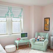 浅绿色清新儿童房沙发装饰