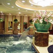 大型洗浴室圆形吊顶效果图