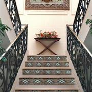 简约风格旧式双楼梯设计
