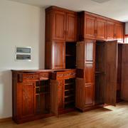 欧式红木卧室衣柜装饰