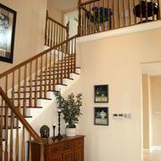 现代简约木制楼梯设计