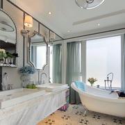卫生间简约浴缸装饰