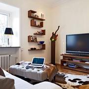 北欧风格公寓客厅置物架
